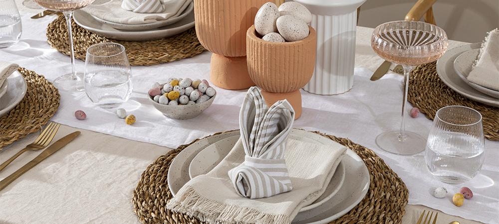 How to fold an Easter Bunny Napkin | Pillow Talk