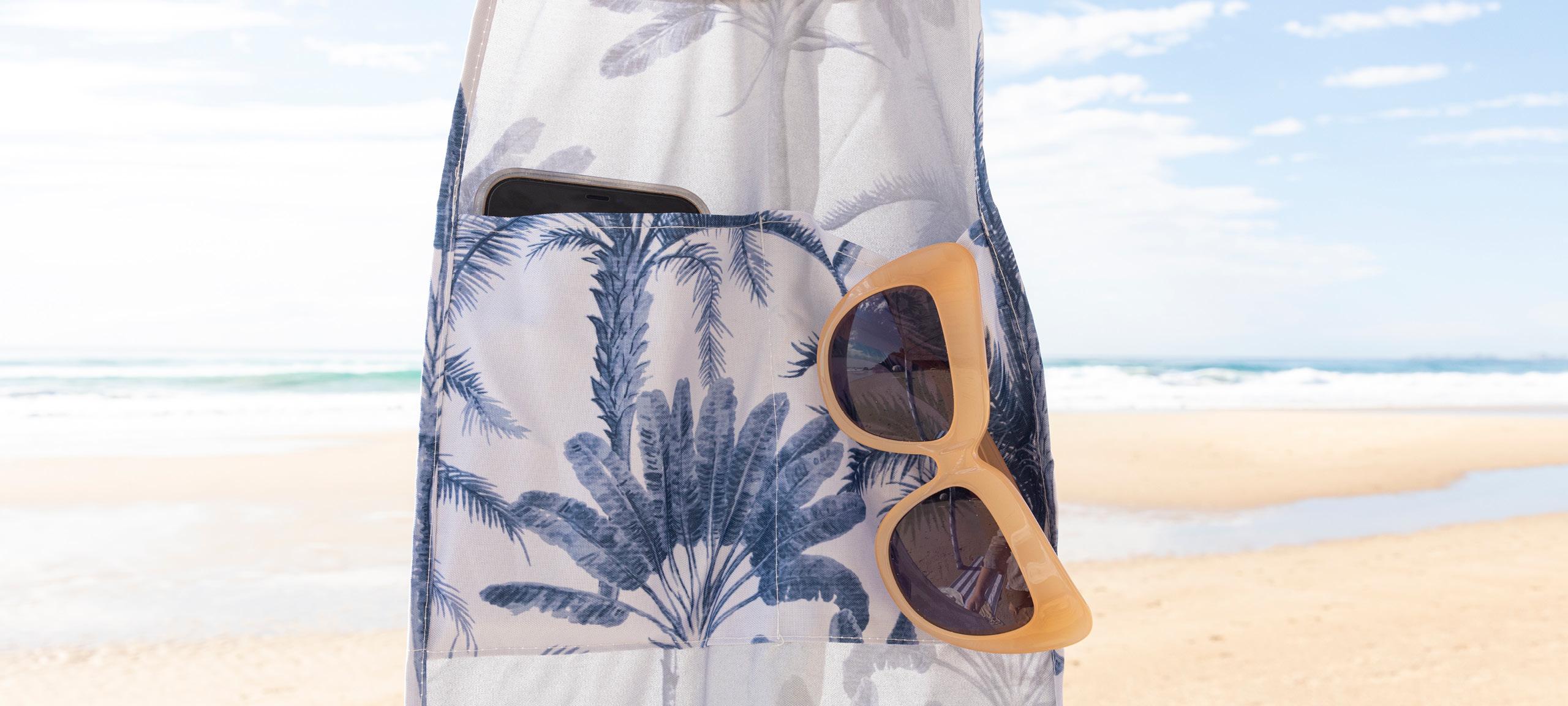 Blue palm beach cabana