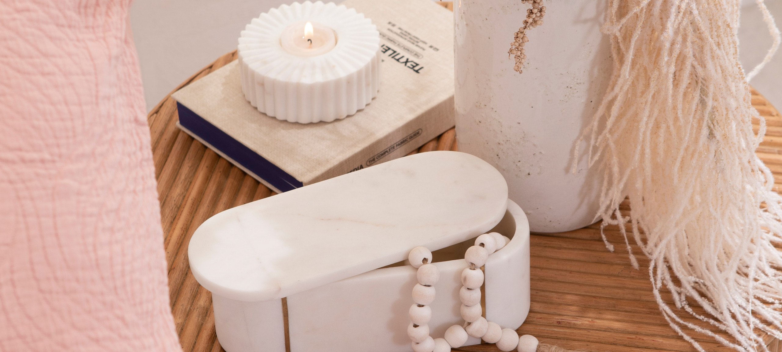 Marble decor styling - tealight and box